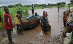 Chuvas deixam alunos sem escolas e mais de 500 famílias desalojadas em Manica