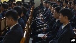 지난 2011년 10월 북한 평양과학기술대학교에서 강의를 듣는 학생들.
