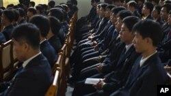 지난 2011년 10월 북한 평양과학기술대학교에서 강의를 듣는 학생들. (자료사진)