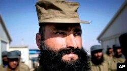 نیروهای امنیتی افغانستان به چندین میلیارد دالر کمک سالانهء امریکا نیاز دارند