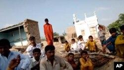 سینکڑوں اسکولوں کی تعمیر نو کا آغاز