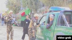 阿富汗喀布爾清真寺自殺式攻擊致四死16傷。(視頻截圖)
