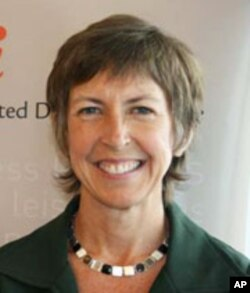 Jana Armstrong, Drugs for Neglected Diseases Initiative