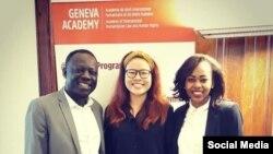 Chuyên gia luật Trương Thị Hà (giữa) và ông Clement Nyaletsossi Voule (trái), Báo cáo viên đặc biệt về quyền tự do hội họp ôn hoà của LHQ, và một nữ luật sư ở Geneva. Facebook Truong Thi Ha