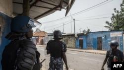 Les forces de sécurité lors des manifestations à Lomé, Togo, 18 octobre 2017.