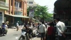 缅甸密铁拉镇发生骚乱和哄抢(1)