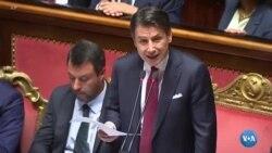 Itália, primeiro-ministro bate com a porta