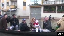 Shqipëri: Presidenti Topi mbledh Këshillin e Sigurisë për situatën e përmbytjeve