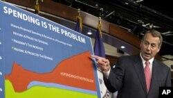 Mặc dù hai bên có vẻ tiến gần đến thỏa hiệp, Tổng thống Obama và Chủ tịch Boehner vẫn chia rẽ về chuyện tăng thuế đến cỡ nào cắt giảm công chi ở những khoản nào.