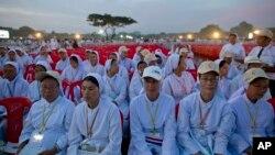 罗马天主教宗方济各在缅甸仰光主持露天弥撒