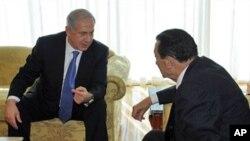 以色列总理内塔尼亚胡(左)1月6日会晤埃及总统穆巴拉克
