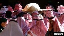 Thi hài của Quốc vương Abdullah tại một đền thờ ở thủ đô Riyadh.