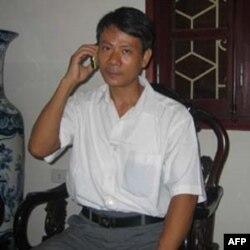 """Bác sĩ Phạm Hồng Sơn, người từng bị chính quyền Việt Nam cầm tù nhiều năm vì đã dịch và phổ biến trên internet bài viết """"Thế nào là Dân chủ?"""" được đăng trên trang web của Bộ Ngoại giao Hoa Kỳ"""
