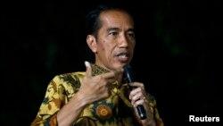 Presiden terpilih Jokowi hari Rabu (8/10) menepis kekhawatiran terhadap dominasi Koalisi Merah Putih di parlemen (foto: dok).