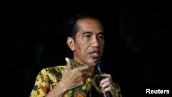 Giới hoạt động đang hối thúc Tổng thống tân cử Joko Widodo làm cho các kết quả được được minh bạch sau khi ông nhậm chức vào cuối tháng 10.