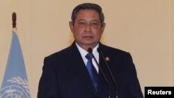 Tổng thống Susilo Bambang Yudhoyono của Indonesia kêu gọi các nước nhanh chóng đúc kết một bộ quy tắc ứng xử Biển Đông để biến mâu thuẫn thành hợp tác
