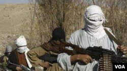 Para anggota kelompok militan Taliban.
