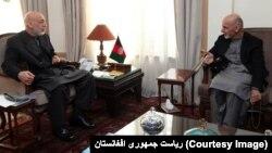 رئیس جمهور غنی با رئیس جمهور پیشین افغانستان هم مشورت کرده است