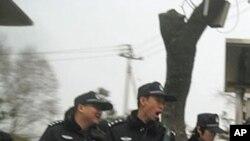 两会期间北京街头的警察
