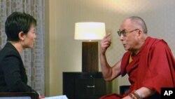 美國之音專訪達賴喇嘛