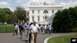 白宫特勤警员2015年6月9日命令所有的记者和工作人员从白宫新闻室撤出