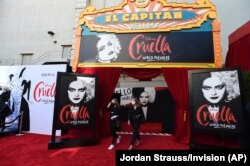 """Before the premiere """"Cruella"""" at the El Capitan Theater on Tuesday, May 18, 2021, in Los Angeles.  (Photo: Jordan Strauss / Invision / AP)"""