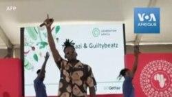 La star de l'Afrobeat et le chorégraphe M. Eazi mènent une campagne contre la faim en Afrique