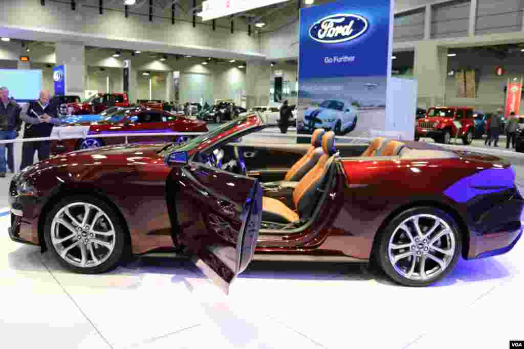 نمایشگاه اتومبیل واشنگتن فورد Model: Mustang (2018)