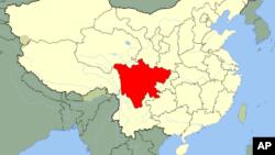 ແຜນທີ່ແຂວງ Sichuan (ສີແດງ) ບ່ອນທີ່ດິນເຈື່ອນຖົມ 40 ຄົນ