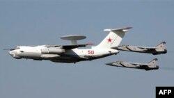 А-50 в сопровождении МИГ-31