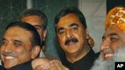 پاکستانی حکومت کی کارکردگی مایوس کن مگر حمایت کے سوا چارہ نہیں: واشنگٹن پوسٹ