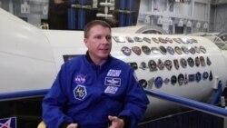 美国万花筒: 美国宇航员谈太空所见:首尔最亮,朝鲜最暗