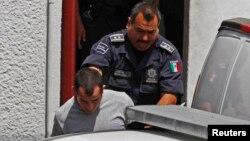 Ông Tahmooressi bị bắt giữ hồi tháng 3 sau khi các nhân viên an ninh phát hiện 3 khẩu súng trong xe của ông tại cửa khẩu ở San Diego trước khi vào Tijuana.