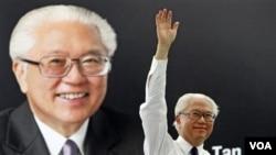 Mantan Wakil PM Singapura, Tony Tan diperkirakan akan memenangkan pilpres di Singapura (27/8).
