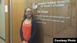 Ângela Sá, participante YALI quer afastar os jovens da Ilha de Luanda do crime e da violência