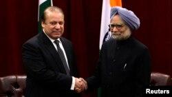 印度總理辛格(右)與巴基斯坦總理謝里夫(左)在聯合國大會期間進行會晤。
