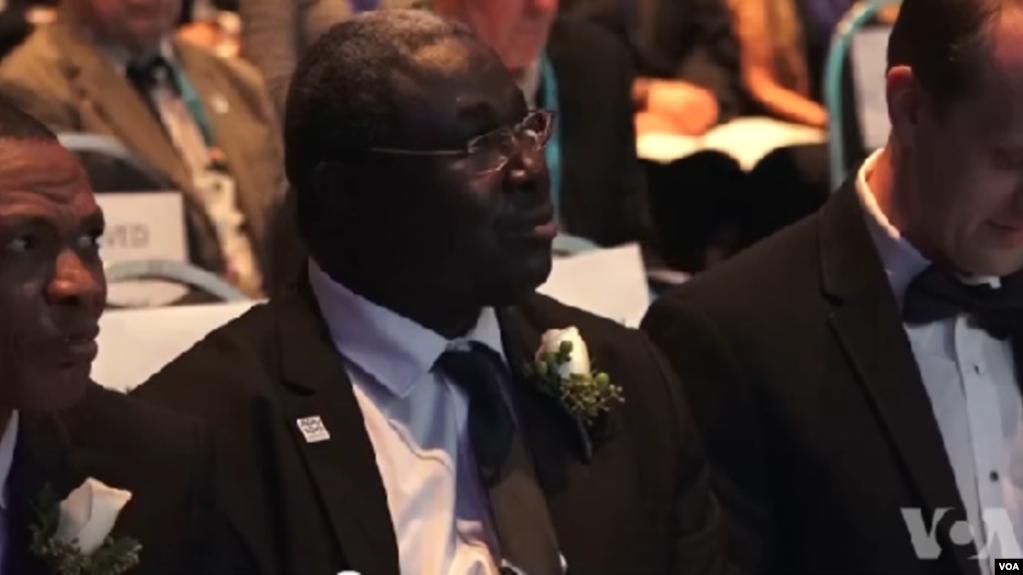 Frédéric Ouattara, Prix africain d'excellence dans la recherche des sciences de l'espace, 14 décembre 2018. (VOA/Arzouma Kompaoré)