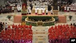 Đức Giáo hoàng Phanxicô chủ trì buổi lễ tại Đại Giáo đường Thánh Phê Rô ở Vatican, 22/2/2014