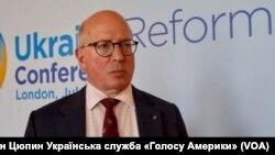 Джеймс Шерр, співробітник Королівського інституту міжнародних відносин Chatham House на лондонській конференції щодо реформ в Україні у липні 2017