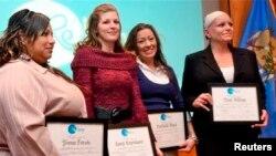 Empat perempuan yang telah lulus dari program ReMerge, program alternatif penjara di Oklahoma County untuk perempuan terpidana non-kekerasan. (Reuters/Steve Olafson)