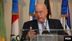 En Colombia, el Secretario General de la OEA será recibido por el presidente Juan Manuel Santos.