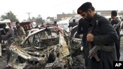 16일 파키스탄 카이베르 부족지역에서 발생한 폭탄 테러 현장.