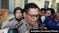 Kepala Bidang Humas Polda Metro Jaya Komisaris Besar Polisi Argo Yuwono di Polda Metro Jaya. (Foto: VOA/ Andylala)