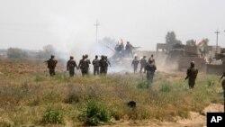 Pasukan Kurdi atau Peshmerga terus mencapai kemajuan dalam pertempuran melawan ISIS di Irak utara (foto: dok).