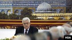 Presiden Palestina, Mahmoud Abbas menghadiri pertemuan khusus PLO di Ramallah, Tepi Barat (25/5).