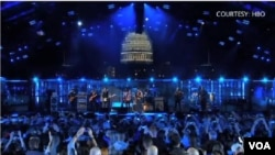 """首都华盛顿11日举行盛大的""""英勇精神音乐会""""庆祝美国退伍军人节(主办单位HBO)"""
