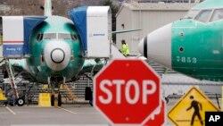 Pesawat Boeing 737 MAX di Renton, Washington, 16 Desember 2019. (Foto: dok). Boeing Co. menghentikan produksi pesawat jenis ini mulai Januari 2020.