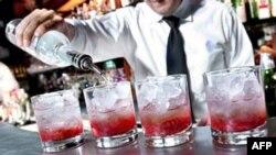 Американці налягли на спиртне через економічну скруту?