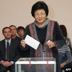 Qirg'izistonda besh partiya koalitsion hukumat tuzadi