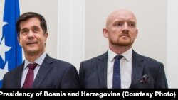 Bosnia and Herzegovina -- Chairman of Bosnian Presidency Zeljko Komsic (1st from L), U.S. ambassador to Bosnia Eric Nelson (C) and British ambassador to Bosnia Matthew Field, in Sarajevo, August 19, 2019.